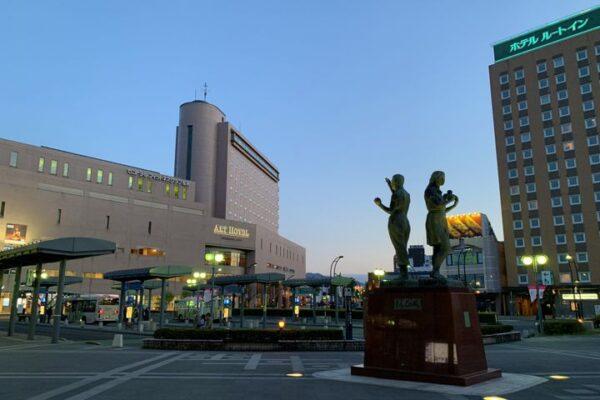 弘前駅前の風景